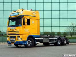 container truck DAF FAS XF105.460 SSC  E5  6X2  MANUAL GEAR  10 TIRE  25 TON  HOOKLIFT VDL  ... 2006