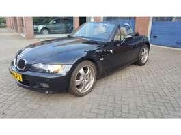 samochód typu kabriolet BMW Z3 1997