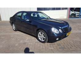 sedan car Mercedes Benz E-Klasse 200 KOMPRESSOR 2002