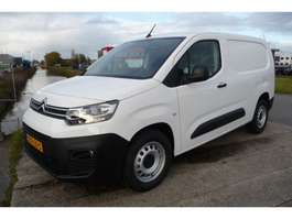 closed lcv Citroen Berlingo 1.2 PureTech Control XL BENZINE! 3 zits nieuw model 2019