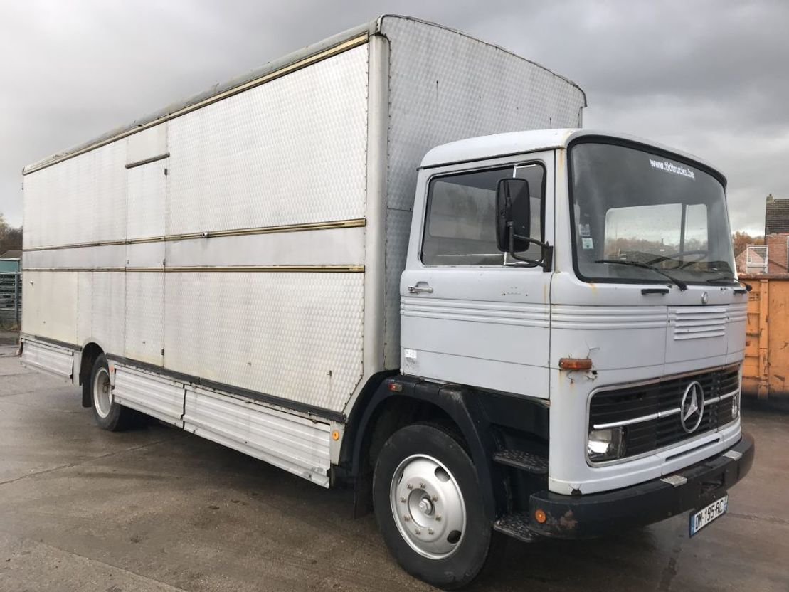 closed box truck > 7.5 t Mercedes Benz LP1113 **BOXTRUCK-CAISSE-KOFFER** 1972