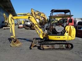 crawler excavator Komatsu PC27 R-8 2001