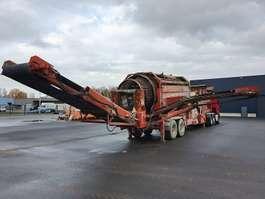 другая строительная машина Terex 798 FINLAY 2005