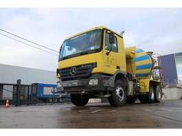 concrete mixer truck Mercedes Benz ACTROS 3332 BB - MP 2 + LIEBHERR 2004