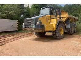 articulated dump truck Komatsu HM400 2006