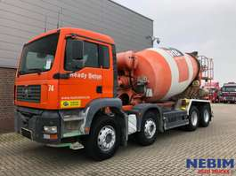 concrete mixer truck MAN TGA 32 360 8x4R Karrena 9m3 MIXER 2005