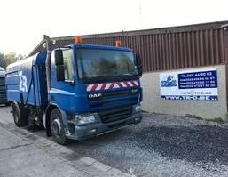 Road sweeper truck DAF CF 75 CF75.250 VEEGWAGEN 2003