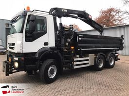 camion à benne basculante > 7.5 t Iveco AD380T41W EEV 6x6 kipper met Hiab kraan 2012 2012