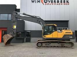 escavadora de rastos Volvo EC220 DL '13 2013