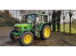farm tractor John Deere 6210 premium 2001