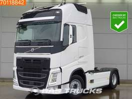 Standard SZM Volvo FH 500 4X2 XL VEB+ I-Park Cool Full Safety 2x Tanks Euro 6 2016