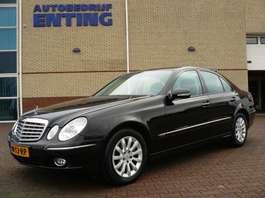 samochód typu sedan Mercedes Benz E-klasse 220 CDI Elegance ZEER GOEDE STAAT! NL AUTO 2006