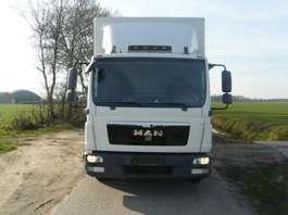 nákladní vozidlo s uzavřenou skříní MAN TGL 7.180 Euro 6  2014 NU €24.750!! 2014