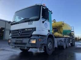 camion betoniera Mercedes Benz ACTROS 2641 LS+SEMI LIEBHERR 12M3 2006