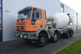 camion betoniera Iveco EUROTRAKKER MP340E38HCE3 8X4 MIXER MANUAL FULL STEEL 2002