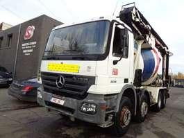 camion betoniera Mercedes Benz Actros 3236 +transportband/belt 2005