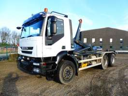 "camion portacontainer Iveco T 450 ""TRAKKER"" - 6x4 - EURO 5 - RETARDER - 3,80 m WIELBASIS - AJK HAAK 2008"