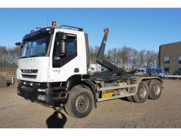 container truck Iveco T 450