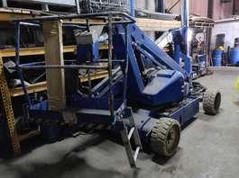 kloubový zvedák na kolovém podvozku UPRICHT Upright AB38 hoogwerker AB 38 2003