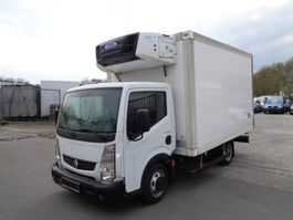 refrigerated closed box lcv Renault Maxity/Carrier-Diesel-Kühlung+380V/Euro 5 2012