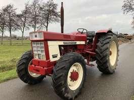 tracteur fermier International 1246 TURBO 4x4 2019