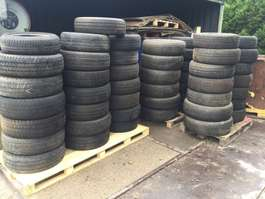 other construction machine bedrijfswagen banden  / autobanden banden 215/65R16C  € 10,- pst