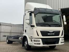 chassis cab truck MAN TGL12.210. EURO6 Aut. Chassic cabine.  In TOPSTAAT! 2013