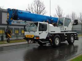 mobile crane Liebherr LTM1040/2.1 2009