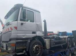 camion conteneur Mercedes Benz 2640 6x4 Hook 2001