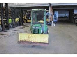 farm tractor John Deere 318