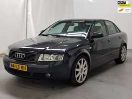 voiture berline Audi A4 2.4 Exclusive Airco 2003