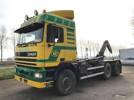 container truck Ginaf G 3233-S 1995