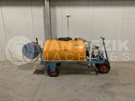 inna maszyna rolnicza Empas spuitwagen