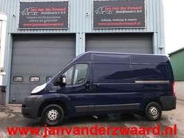 closed lcv Peugeot BOXER 330 L2 H2  2.2 HDI  Airco 2 x schuifdeur 2008