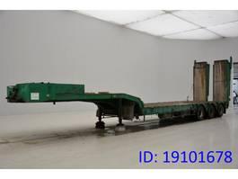 Tieflader Auflieger Castera Low bed trailer 1995