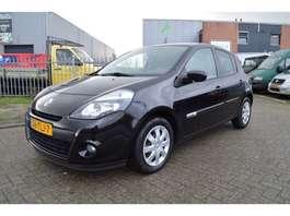 hatchback car Renault CLIO Verkocht / Verkauft / Sold 2012