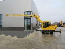 other concrete production equipment Doosan DX820 special machine Crawler lifting crane 2011