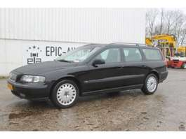 estate car Volvo V70 2.4 2001