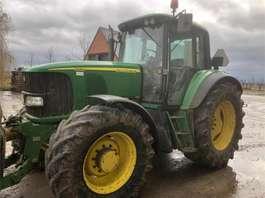 farm tractor John Deere 6520PQ 2006