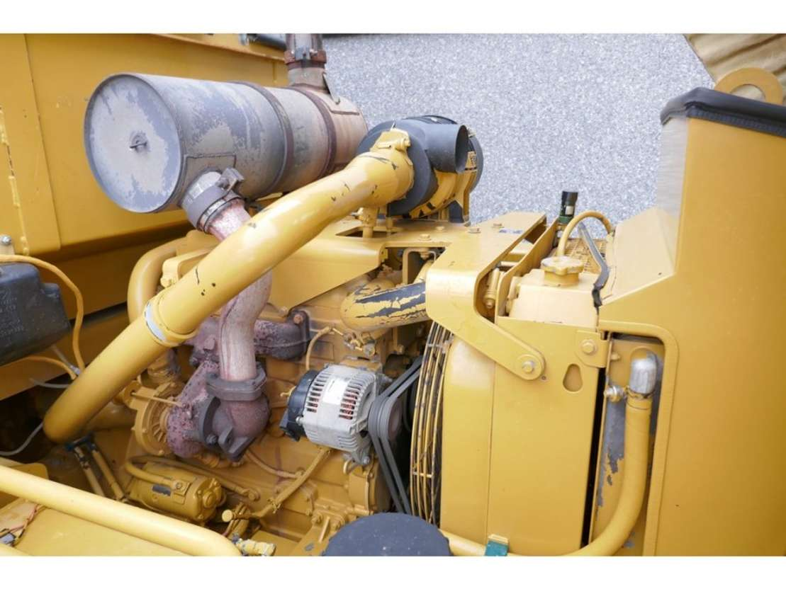 pneumatic tired compactor Caterpillar PF-300C 2005