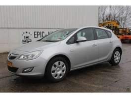 hatchback car Opel Astra 1.7 CDTI Selection 2009
