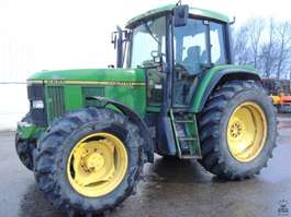 сельскохозяйственный трактор John Deere 6800 PQ