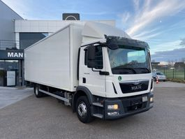 closed box truck > 7.5 t MAN TGM 15.290 4x2 BL 2017