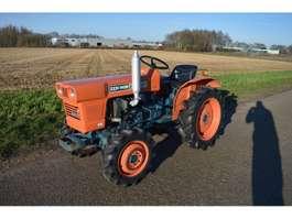 farm tractor Kubota L1501 4WD 18 PK minitractor