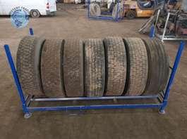 Tire set truck part Michelin 315/70 R22.5