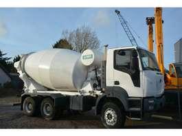 camion à bétonnière Iveco Astra HD9  64.36  9cbm mixer 2014