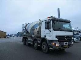 camion à bétonnière Mercedes Benz MERCEDES-BENZ Actros 3241 B MP 2