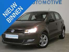 samochód typu hatchback Volkswagen Polo 1.2 TSI MATCH AIRCO/ LM VELG/ MATCH/ 1E EIG 2013