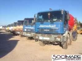 camion à bétonnière Iveco Cursor 13 2001