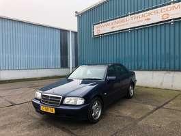 sedan car Mercedes Benz C-Klasse 220 Diesel 1997